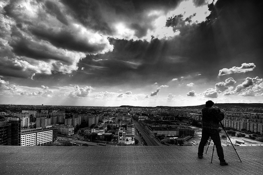 photographer and the city